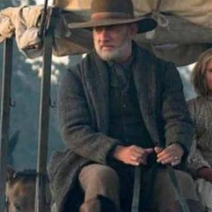 News-of-the-World-Tom-Hanks-Grey-Woolwn-Coat