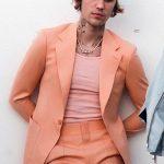 justin bieber peaches color suit