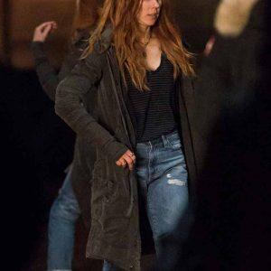 elizabeth-olsen-avengers-infinity-war-coat