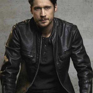queen-of-the-south-james-black-leather-jacket