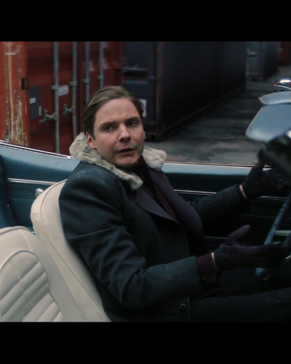 the-falcon-and-the-winter-soldier-zemo-fur-coat