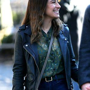 lucy false positive ilana glazer black leather jacket