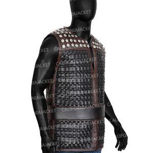 the-last-kingdom-s03-uhtred-studs-vest